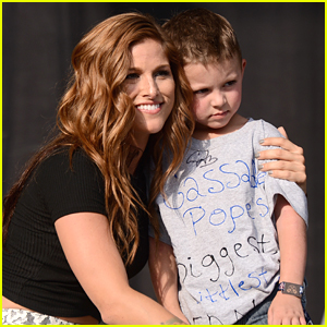 Cassadee Pope Brings Her 'Biggest Little Fan' To Big Barrel Country Music Festival