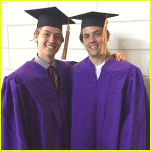 Cole & Dylan Sprouse Switched Places & Fooled Everyone at NYU Graduation!