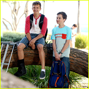 Hayden Byerly & Gavin MacIntosh Talk Jonnor & 'The Fosters' Summer Premiere (JJJ Interview)