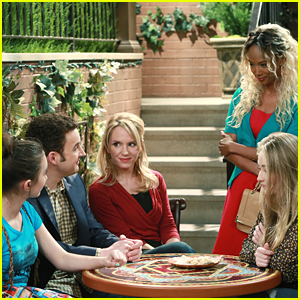 Angela Is Back In New 'Girl Meets World' Tonight!