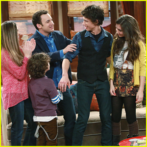 Uriah Shelton Returns As Josh On Tonight's 'Girl Meets World'!