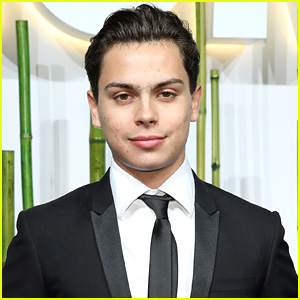 Jake T. Austin Thanks Fans for Teen Choice Nomination After 'Fosters' Recasting News