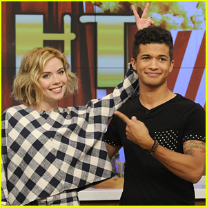 TB2's Grace Phipps & Jordan Fisher Mix Up Yummy Beach Treats On 'The Chew'