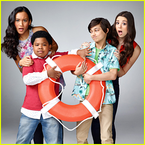 Kira Kosarin & Sydney Park Get In A Heep Of Trouble In 'One Crazy Cruise' Exclusive Clip - Watch Here!