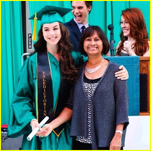 Kira Kosarin Graduates High School As Valedictorian!