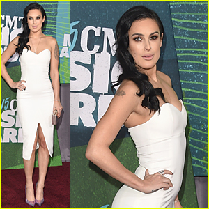 Rumer Willis Strikes a Pose at CMT Music Awards Red Carpet 2015