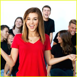 Sadie Robertson Announces 'Live Original' College Show In August