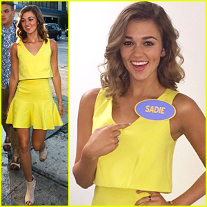 Sadie Robertson Grabs Dinner With Family After Taping 'Celebrity Family Feud'