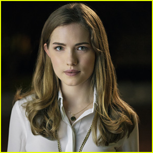 Scream's Willa Fitzgerald 'Freaked Out' the First Time She Saw the Mask on Set!