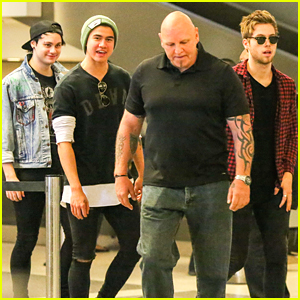 5 Seconds Of Summer Admit To Stalking Fans on Social Media
