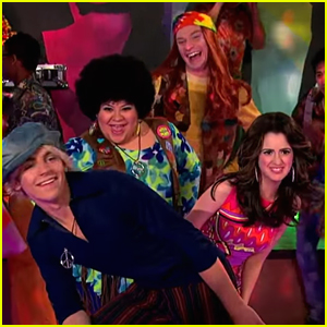 Austin & Ally & Trish & Dez Are The Mystery Bunch For Next Week's 70s Themed Episode