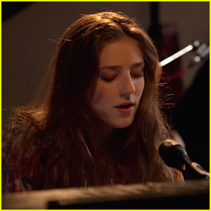 Birdy Shares 'Wings' Acoustic Video - Watch Now!