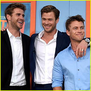 Liam Hemsworth Shows Support for Brother Chris at 'Vacation' Premiere!