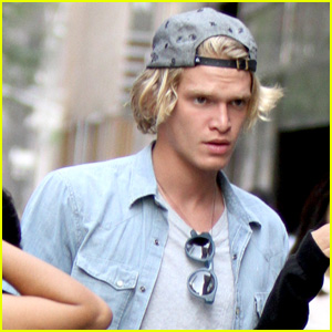 Cody Simpson Goes Surfing in New 'Livin' Easy' Music Video - Watch Now!