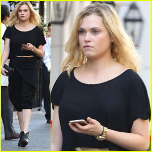 Eliza Taylor Steps Out in Vancouver After 'The 100' Charity Shoot Pics Debut