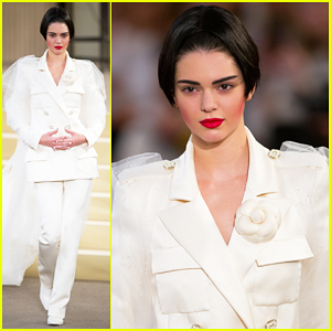 Kendall Jenner Is The Bride for Karl Lagerfeld at Paris Fashion Week!