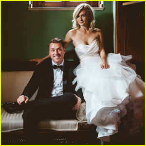 'The Carrie Diaries' Star Lindsey Gort Weds Beau Laughlin (Exclusive Wedding Pics!)