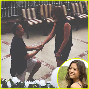Piper Curda Captures The Moment Her Dad Re-Proposed To Her Mom