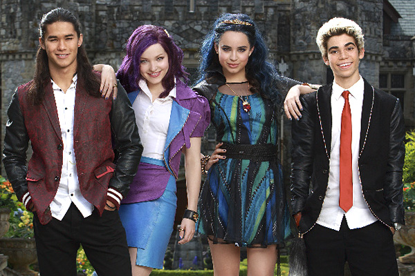 Where Is Descendants Evie Second Teaser Debuts As Movie