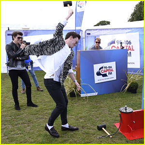 Rixton's Jake Roche Proves He's A 'Strong Man' At Fusion Festival 2015