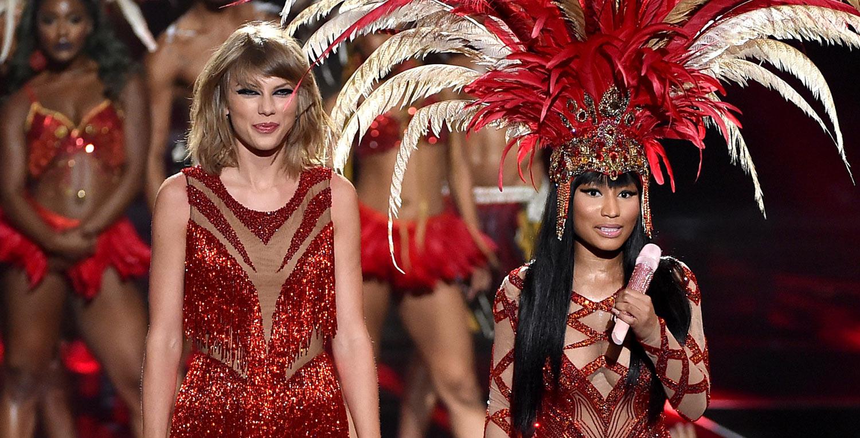 Taylor Swift Sings Bad Blood With Nicki Minaj At Vmas 2015 Video 2015 Mtv Vmas Nicki Minaj Taylor Swift Just Jared Jr