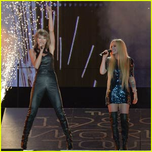 Taylor Swift Welcomes San Diego Special Guests Avril Lavigne & OMI - Watch Now!