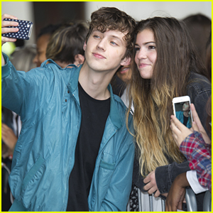 Troye Sivan Makes Time For Fans During 'Wild' Promo