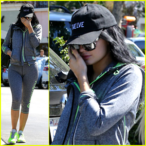 Kylie Jenner Is Back to Black Hair After Getting Pulled