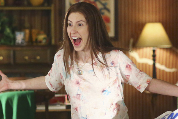 Eden Sher Gets Her Hair Cut On The Middle Season Premiere Tonight Atticus Shaffer Charlie Mcdermott Eden Sher Television Just Jared Jr