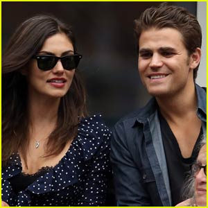 Paul Wesley Takes in Some Tennis With Girlfriend Phoebe Tonkin