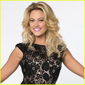 Peta Murgatroyd Posts Update After Foot Surgery