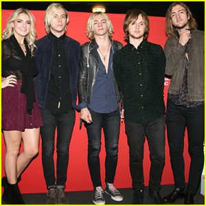 R5 Visit Venice Before Heading To Paris For Fan Meet & Greet