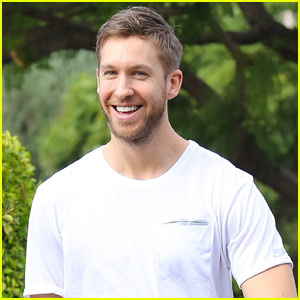 Calvin Harris Sits Front Row at Taylor Swift's Show in Miami