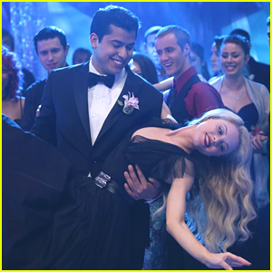 Lauren & Tommy Take The Spotlight During Prom On 'Faking It' Tonight