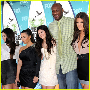 Kendall & Kylie Jenner Release Statement on Lamar Odom