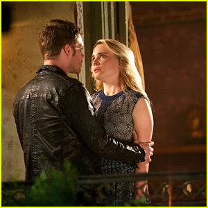 'The Originals' Klaus & Cami Scoop Straight From Leah Pipes!