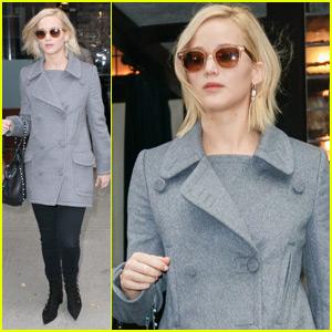 Jennifer Lawrence Called Her Mom Before Filming Chris Pratt Love Scene!