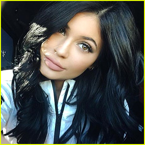 Kylie Jenner's Lip Kit Site Crashes After Go