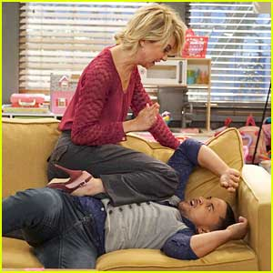 Will Riley Say 'Yes' To Danny's Proposal on 'Baby Daddy's Season Premiere? First Look Pics!