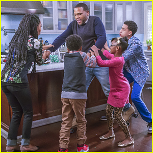 Christmas Is All About The 'Stuff' on 'black-ish Tonight - See The Pics!