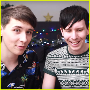 AmazingPhil & DanIsNotOnFire Play 'Christmas Shopper Simulator' & It's The Most Hilarious Vid Ever!