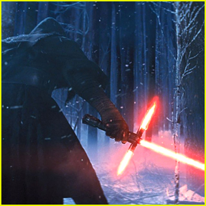 Watch How A 'Star Wars The Force Awakens' Lightsaber Is Made (Video)
