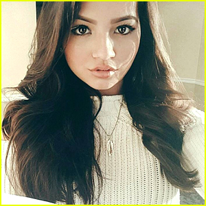 Isabela Moner Remembers The Reason For The Season Before Singing To Patients at Atlanta's Children's Hospital