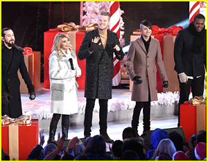 Pentatonix Bring 'Joy to The World' At The Rockefeller Center Tree Lighting 2015 - Watch Now!