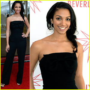 Miss Golden Globe Corinne Foxx Makes Sure Education Is First