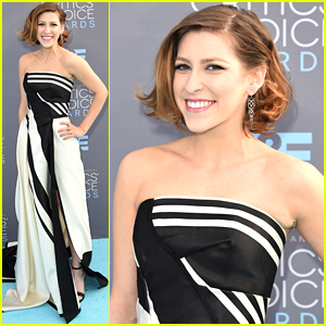 Eden Sher Gets Support From Patricia Heaton Ahead of Critics' Choice Awards 2016