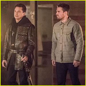 Will Oliver Kill Malcolm on Tonight's 'Arrow'?