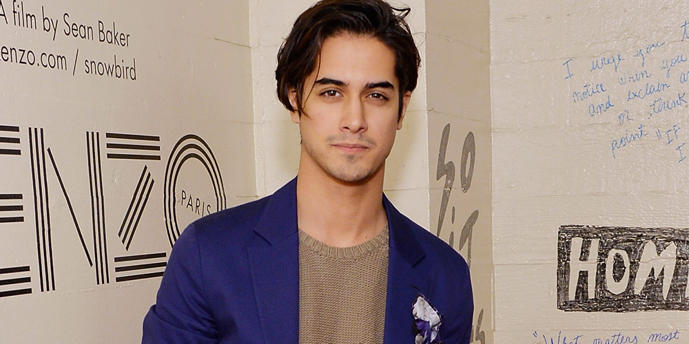 Avan Jogia Shows Off Short Hair At Kenzo Snowbird Screening Avan Jogia Fashion Just Jared Jr