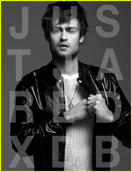 Douglas Booth Talks 'PPZ,' His Ideal Date, & More with JJ Spotlight!