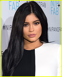 Kylie Jenner's Snapchatting Habits Aren't Safe At All